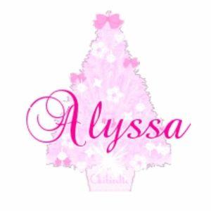 Meet your Posher, Alyssa